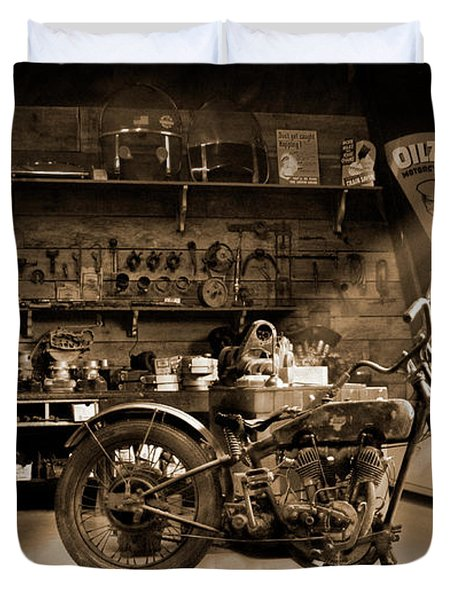 Old Motorcycle Shop Duvet Cover