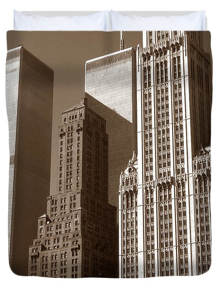 Old New York Photo - Woolworth Building And World Trade Center Duvet Cover