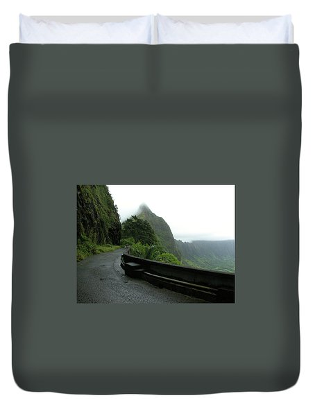 Duvet Cover featuring the photograph Old Pali Road, Oahu, Hawaii by Mark Czerniec