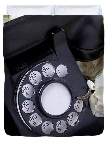 Old Phone And White Roses Duvet Cover