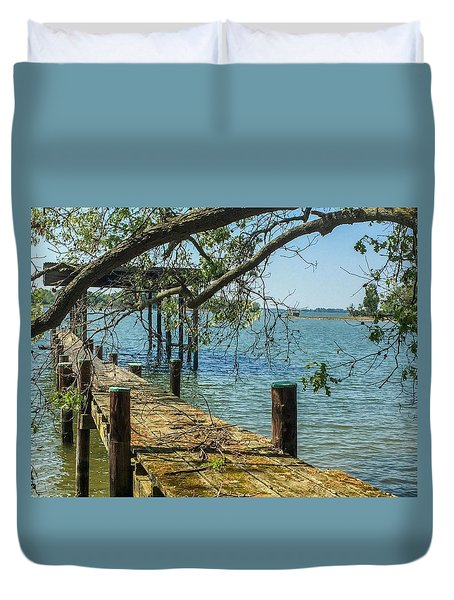 Old Pier On The Tred Avon Duvet Cover