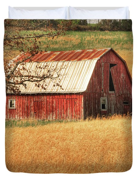 Old Red Barn Duvet Cover by Tamyra Ayles