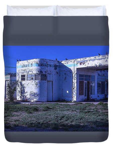 Old Run Down Gas Station Duvet Cover