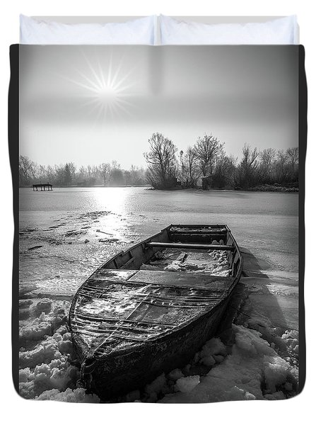 Old Rusty Boat Duvet Cover