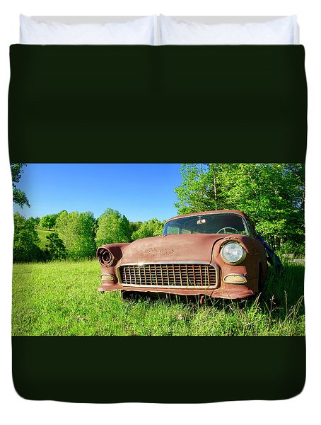 Old Rusty Car Duvet Cover