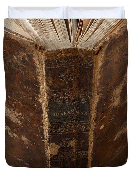 Old Shakespeare Book Duvet Cover
