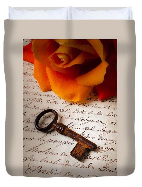 Old Skeleton Key On Letter Duvet Cover by Garry Gay