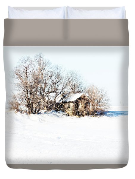 Duvet Cover featuring the photograph Old  Stone House Milford by Julie Hamilton