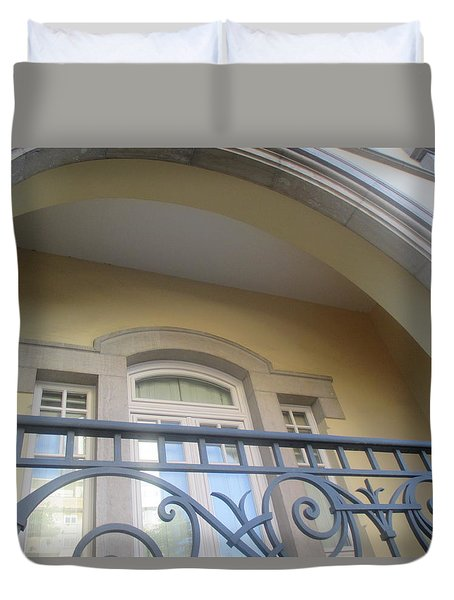 Old Terracein Lisbon Duvet Cover