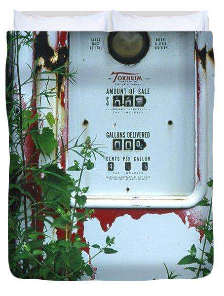 6g1 Old Tokheim Gas Pump Duvet Cover