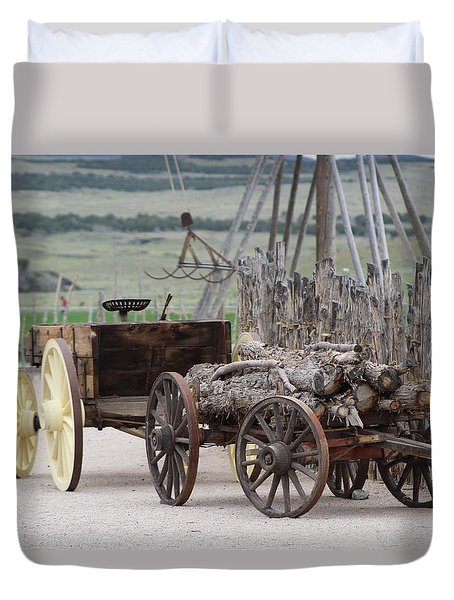 Old Tractor And Wagon In Foreground Cove Creek Fort Photography By Colleen Duvet Cover