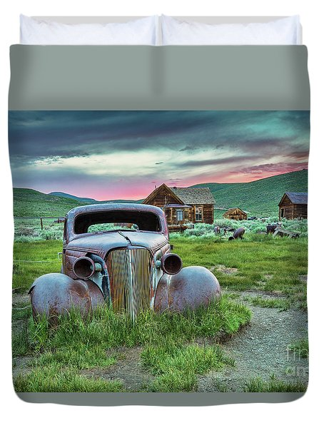 Old Truck In Bodie Duvet Cover