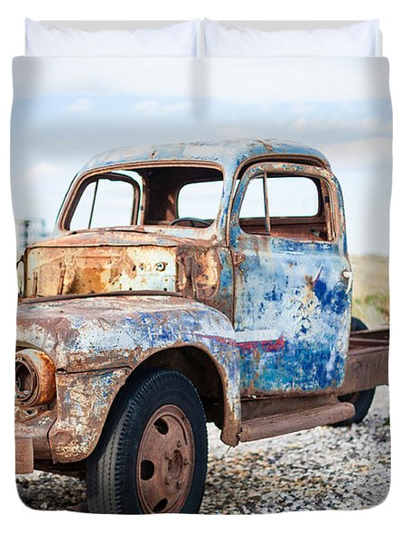 Duvet Cover featuring the photograph Old Truck by Silvia Bruno