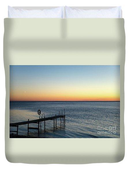 Duvet Cover featuring the photograph Old Wooden Bath Pier by Kennerth and Birgitta Kullman