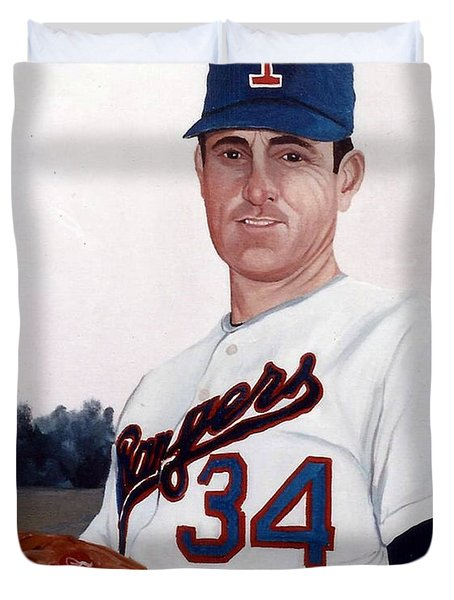Older Nolan Ryan With The Texas Rangers Duvet Cover