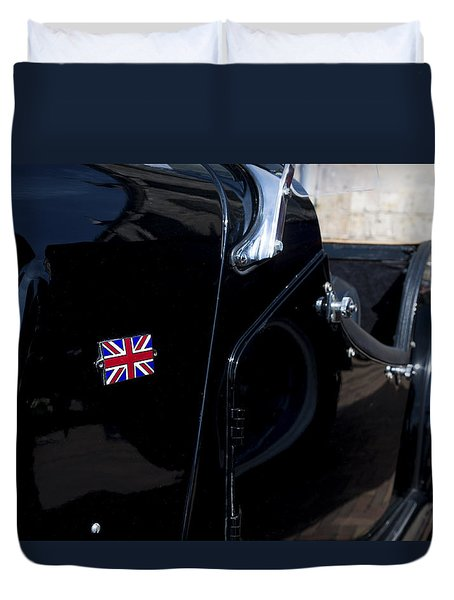 Duvet Cover featuring the photograph Oldtimer With British Flag by Hans Engbers