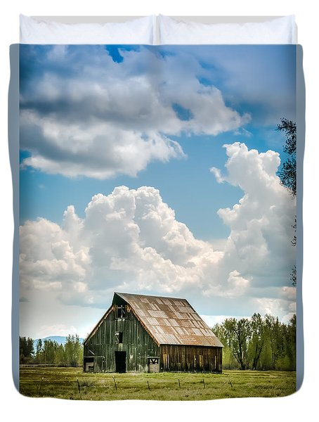 Olsen Barn In Blue Duvet Cover by Jan Davies