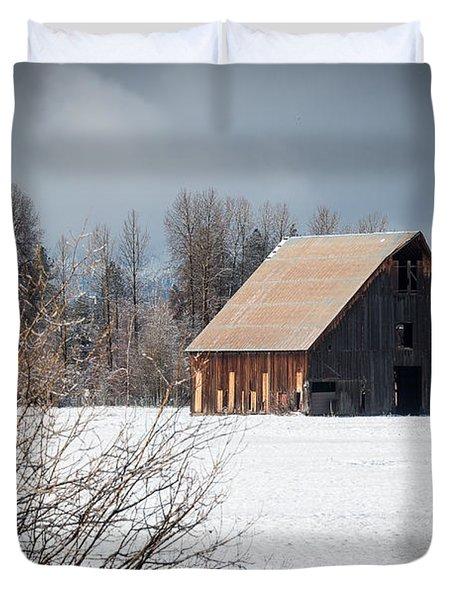 Olsen Barn In Snow Duvet Cover