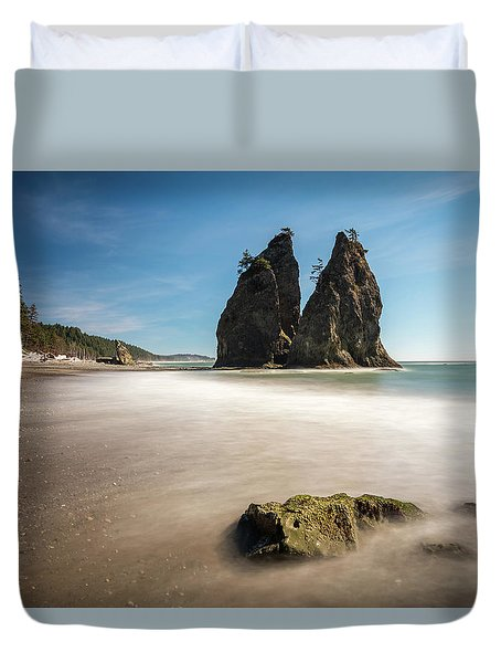 Duvet Cover featuring the photograph Olympic Shoreline by Pierre Leclerc Photography