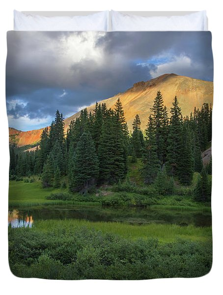 Ominous Clouds Over Red Mountain Pass Duvet Cover