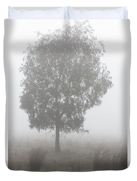 Duvet Cover featuring the photograph On A Winter's Morning by Linda Lees
