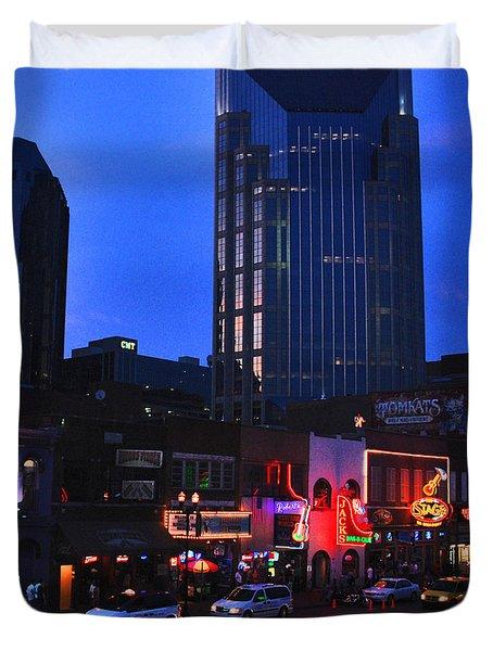 On Broadway In Nashville Duvet Cover by Susanne Van Hulst