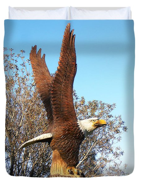 On Eagles Wings II Duvet Cover