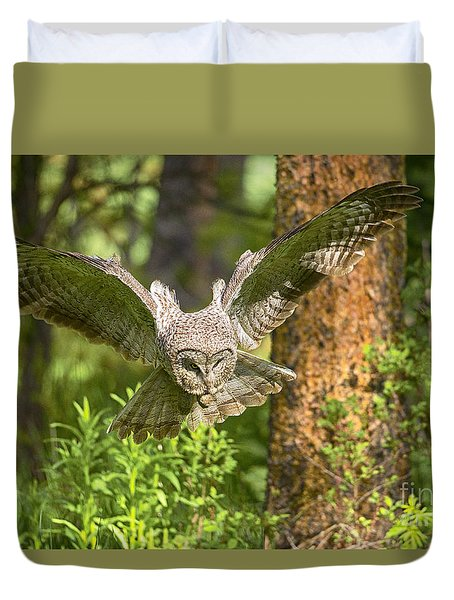 On The Hunt Duvet Cover