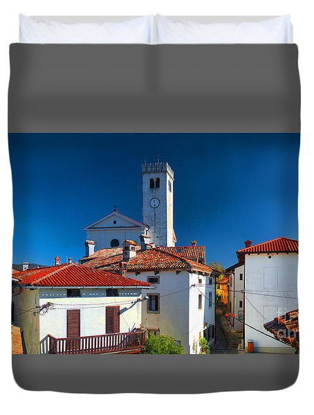 Duvet Cover featuring the photograph On The Tiles by Graham Hawcroft pixsellpix