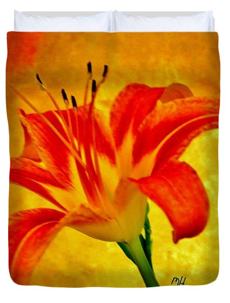 One Tigerlily Duvet Cover