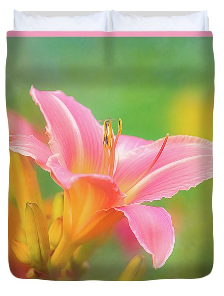 Oporto Daylily With Hoverfly Duvet Cover