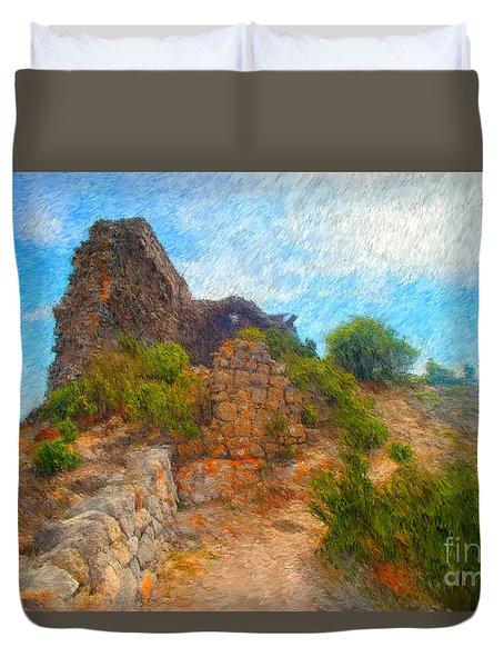 Opoul Castle Ruins Duvet Cover