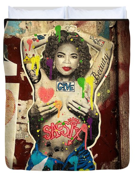 Oprah Winfrey Graffiti In New York  Duvet Cover