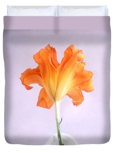 Duvet Cover featuring the photograph Orange Daylily On A Light Purple Background by Louise Kumpf