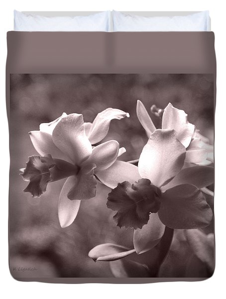 Duvet Cover featuring the photograph Orchid Dream - Square by Kerri Ligatich