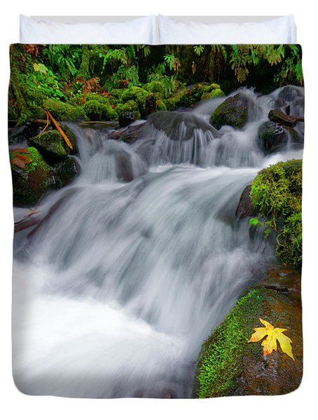 Duvet Cover featuring the photograph Oregon Cascade by Jonathan Davison