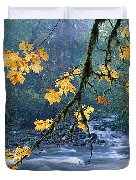 Oregon, Cascade Mountain Duvet Cover