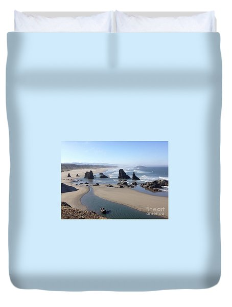 Oregon Coast Sea Stacks Duvet Cover