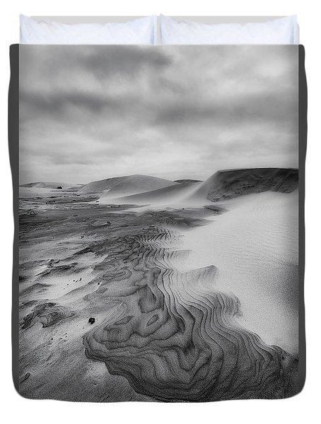 Oregon Dune Wasteland 2 Duvet Cover by Ryan Manuel