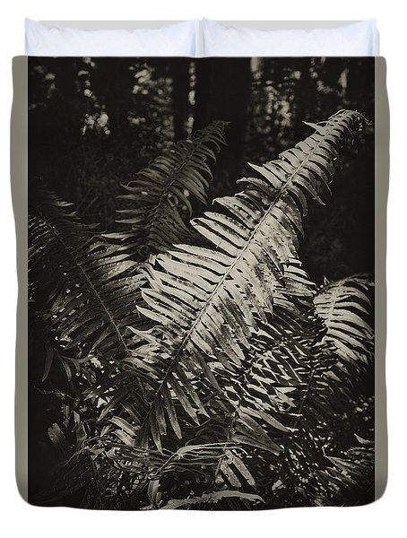 Duvet Cover featuring the photograph Oregon Fern by Hugh Smith