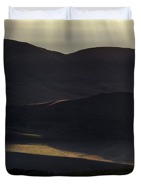 Duvet Cover featuring the photograph Oregon Mountains 1 by Leland D Howard