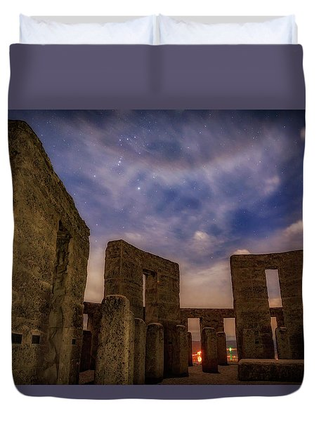 Duvet Cover featuring the photograph Orion Over Stonehenge Memorial by Cat Connor