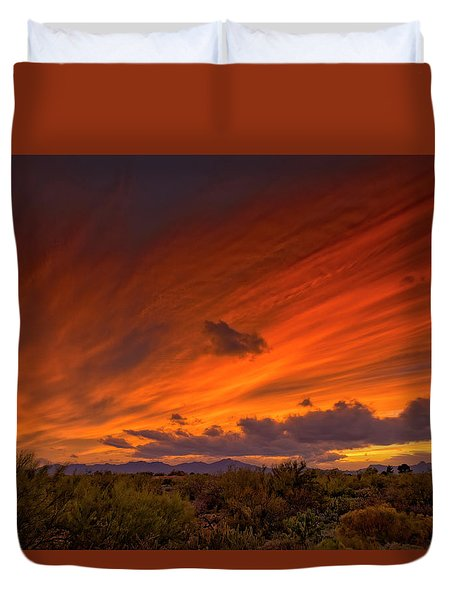 Duvet Cover featuring the photograph Oro Valley Sunset H6 by Mark Myhaver