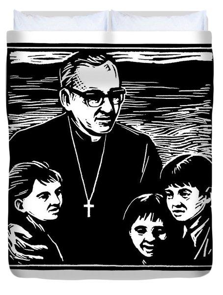 St. Oscar Romero - Jlosc Duvet Cover
