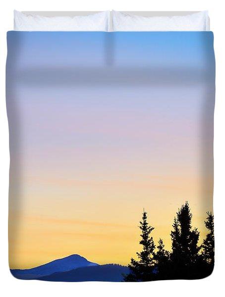 Osprey Against The Sunset Duvet Cover