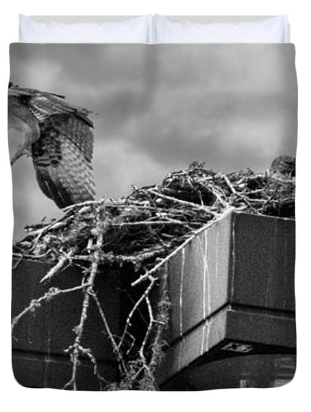 Osprey Carrying Fish To Nest Duvet Cover