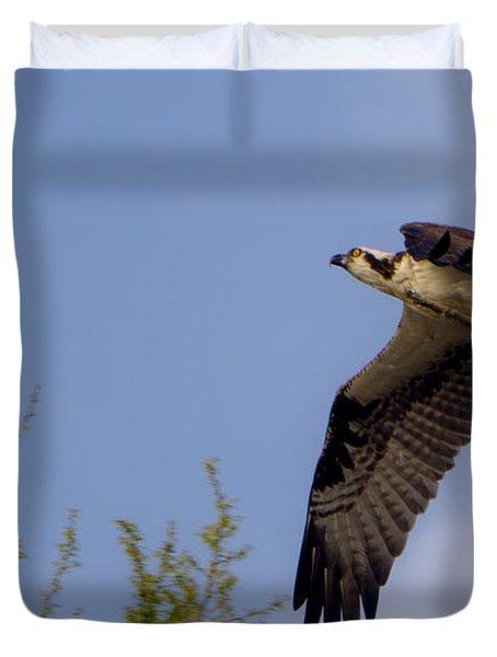 Osprey Collecting Sticks Duvet Cover