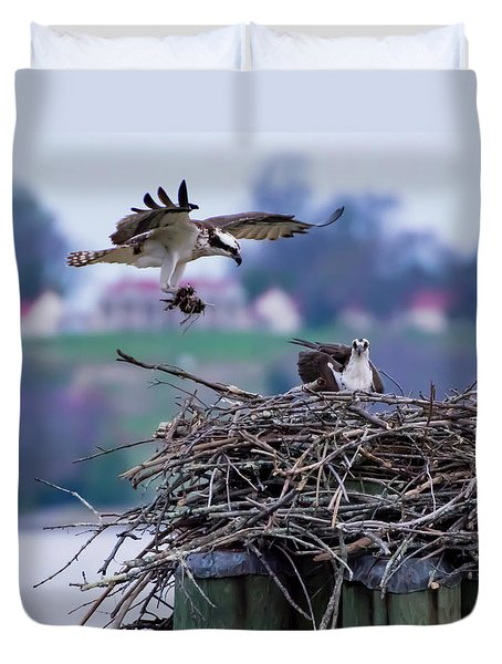 Osprey Nest Building Duvet Cover