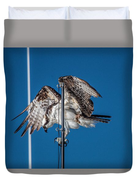 Osprey On The Boat Rod Duvet Cover
