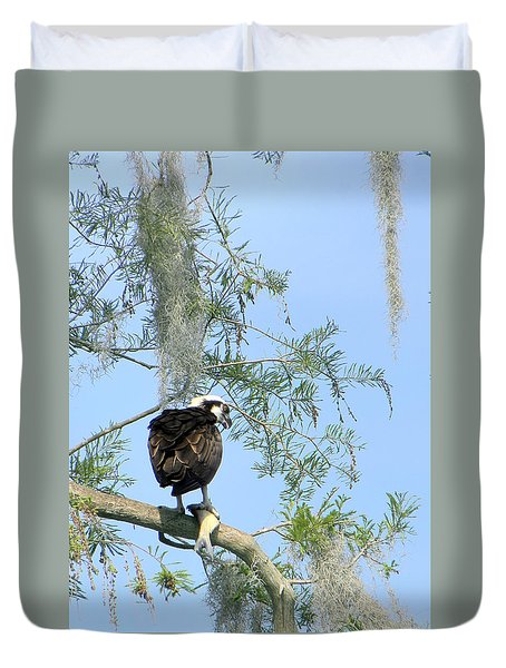 Osprey With A Fish Duvet Cover by Chris Mercer